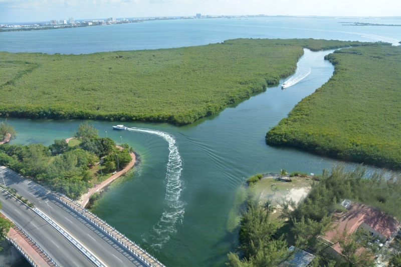 Laguna-Nichupte-Cancun
